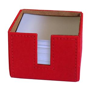 Porta-papel estrutura rígida em papelão revestido com lona de algodão (externa) e papel kraft (interna), acompanha miolo composto por 700 folhas soltas