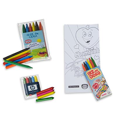 - Kit colorir, Estojo giz de cera personalizado, podendo ser montado um KIT com Folha(s) para pintar. Sua ação promocional para crianças com criatividad...