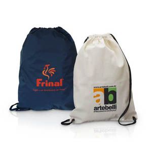 Artebelli Promocional - Mochila saco personalizado, confeccionado em algodão cru com alça e fechamento em cordão.Estampe sua marca em um produto de qualidade que acompanha se...