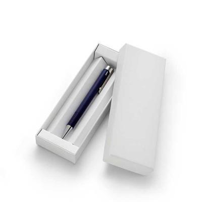 Ótima Gráfica - Para valorizar ainda mais a sua caneta, nada melhor que uma embalagem personalizada com a sua marca. O modelo do estojo é em capa dura com revestiment...