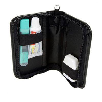Malgueiro Brindes - Kit bucal personalizado em couro sintético, composto por 01 creme dental colgate 30g, 01 escova dental viagem trip, 01 fio dental floss white 25m, 01...