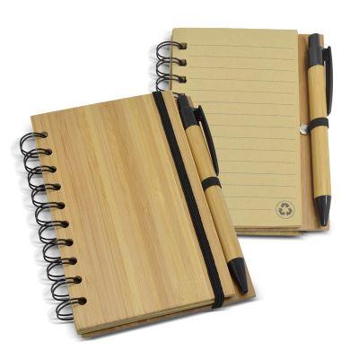 Redd Promocional - Bloco de anotações ecológico em bambu. Contém aproximadamente 60 folhas. Possui elástico de fechamento e suporte para caneta