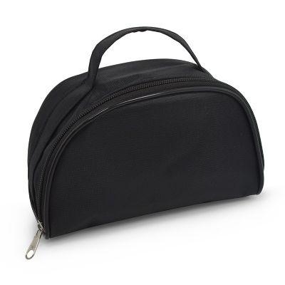 - Leve e compacta, esta necessaire foi especialmente desenvolvida para viagens ou uso diário. Confeccionada em nylon 70 plastificado, possui alça de mão...