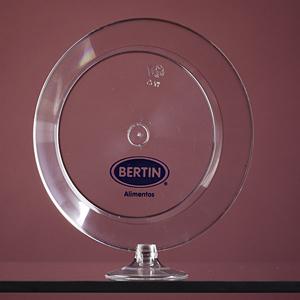 algo-mais - Prato descartável confeccionado em plástico rígido transparente Quantidade mínima: 1.000 unidades. Dimensões: 16 ou 22 cm de diâmetro. Gravação som...