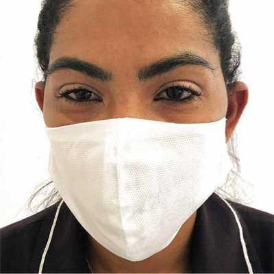Máscara de proteção em TNT lisa semi-descartável