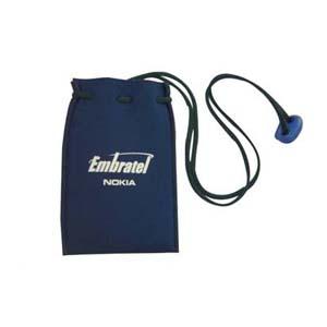 need-promocional - Porta-celular confeccionado em neoprene, com cordão e trava de plástico.