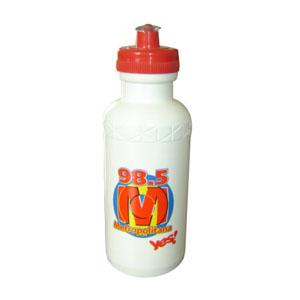 - Squeeze 500 ml, com frasco e tampa confeccionados em polietileno, tampa com rosca e válvula na cor cristal injetado em pvc atóxico. Garanta já o seu!