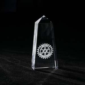 crystallium - Cristal Personalizado com gravação a laser interna 3D. Modelo: Obelisco. A personalização é feita a laser, dentro do cristal.