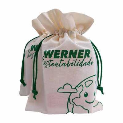 Sacos em algodão cru ecológicos. Perfeitos para divulgar sua marca. Vários tamanhos.
