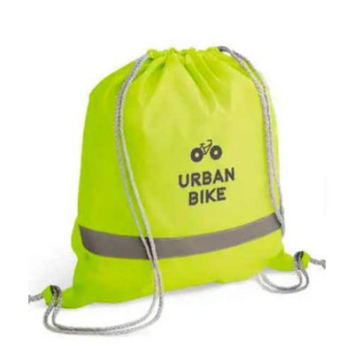 imagine-pack-brindes - Sacola tipo mochila 210D. com faixas refletivas. Medida : 35 X 40 cm Com ou sem impressão de logo.