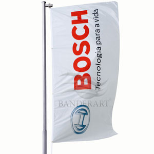 Bandeiras verticais confeccionadas no tecido Duralon® de 100% poliéster.
