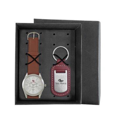Kit contém: Relógio de pulso RXL, mostrador soley com 01 cor de gravação, cronógrafos decorativos, pulseira sintética, certificado de garantia e chave...