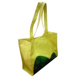 Sacolas de praia personalizadas, confeccionadas em polyester 600, lona ou diversos outros materia...