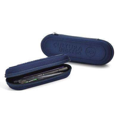 Rampazzo Brindes Especiais - Porta lápis, estojo para lápis termo moldado em E.V.A. com revestimento, zíper e gravação personalizável.