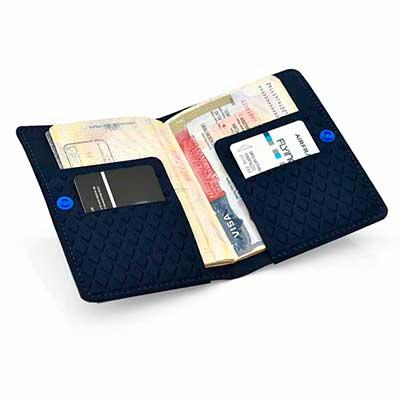 rampazzo-brindes-especiais - Porta-passaporte termomoldado.
