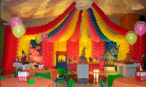 Decoração com balões - Tuca Balões & Cia