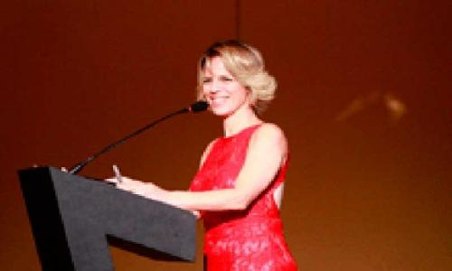 Mestre de cerimônia - Karin Santos - apresentadora