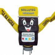 Boneco inflável com formato e logotipo personalizado. Seu ponto de venda sempre em evidência!