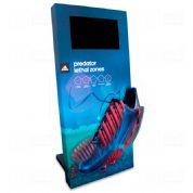 Display interativo desenvolvido exclusivamente para Adidas, feito em MDF e PETG, com impressão digit...