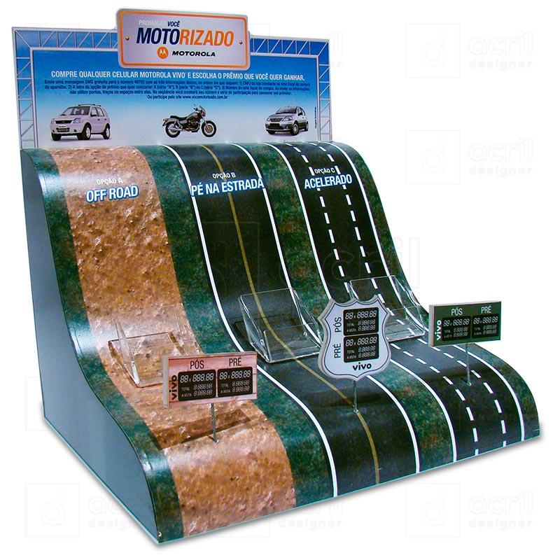 Display desenvolvido para promoção Motorola e Vivo, feito em acrílico, com impressão digital e molda...