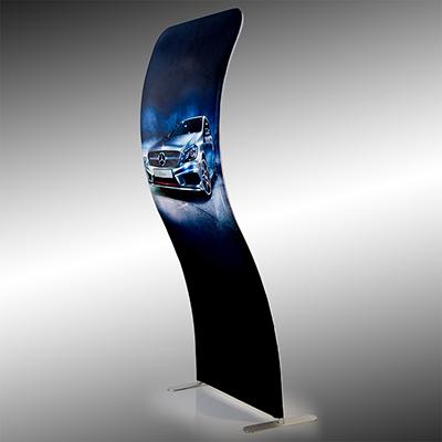 Linha Display Prime Wall, estruturas portáteis feita em alumínio reforçado e vestido com uma comunicação impressa em tecido poliéster para uso fixo ou promocional