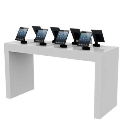 Mesa com design inspirado no Museu MASP, para exposição de produtos. Elaborada em madeira revestid...