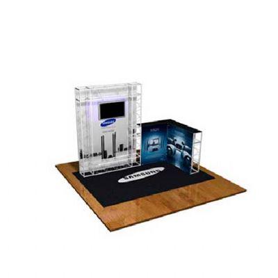 Estande com modelo de ponto de venda criado com treliças estruturais dobráveis.