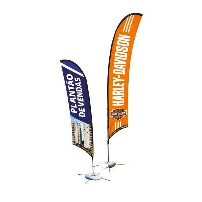 Banners de praia possuem ótima visibilidade, são banners altos com arte personalizada para divulgar...