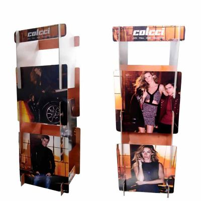 Material Display de Balcão, produzido com impressão  em offset, substrato papel/Papelão Cinza Dispo...