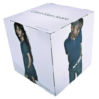 Cubo, material para PDVs  30 cm produzido com impressão em offset, substrato papel cartão/acoplado.