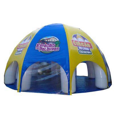 Tenda semiesférica inflável