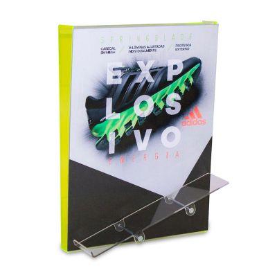 Display desenvolvido exclusivamente para Adidas, feito em acrílico, com lenticular.  Desenvolva o s...