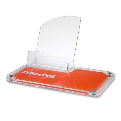 Display de mesa take one em acrílico cristal 3mm e 4mm com impressão digital. O destaque que a sua m...