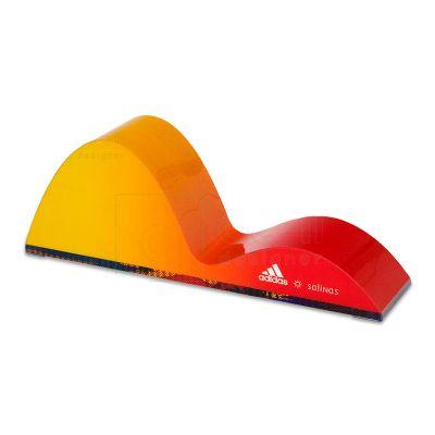 Display desenvolvido exclusivamente para Adidas, feito em MDF e PETG, com impressão digital e colag...