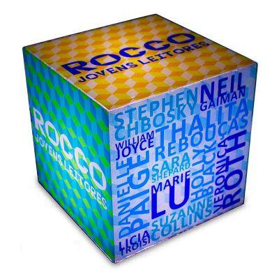Cubo luminoso 20cmx20cm, personalizado para Editora Rocco, com Arte Jovens Leitores, feito em acríli...