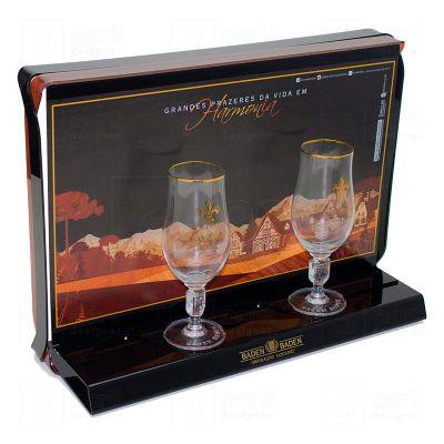 Display de balcão para expor taças Baden Baden, feito em acrílico, com impressão digital, corte a la...