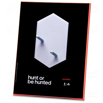 Display expositor personalizado para Adidas, feito em acrílico, com impressão digital, corte a laser...