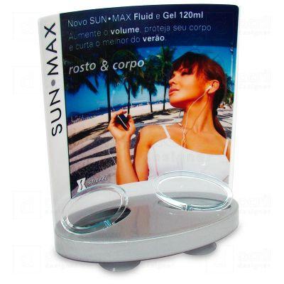 Display expositor personalizado para SunMax, feito em acrílico branco e cinza, com impressão digital...