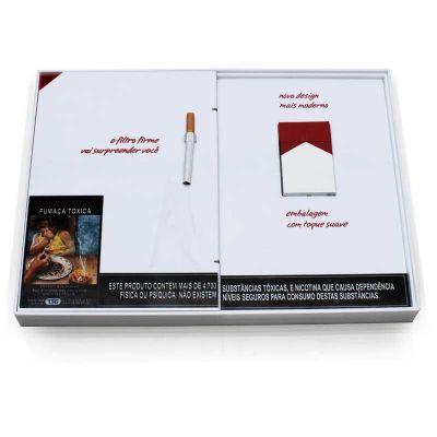 Caixa desenvolvido exclusivamente para Marlboro, para promover a marca, feito em acrílico, com dobra...